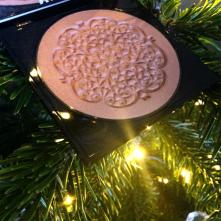 beauty pie bronzer open