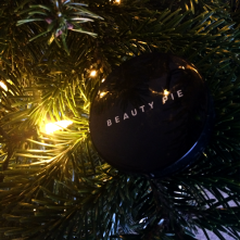 beauty pie highlighter closed